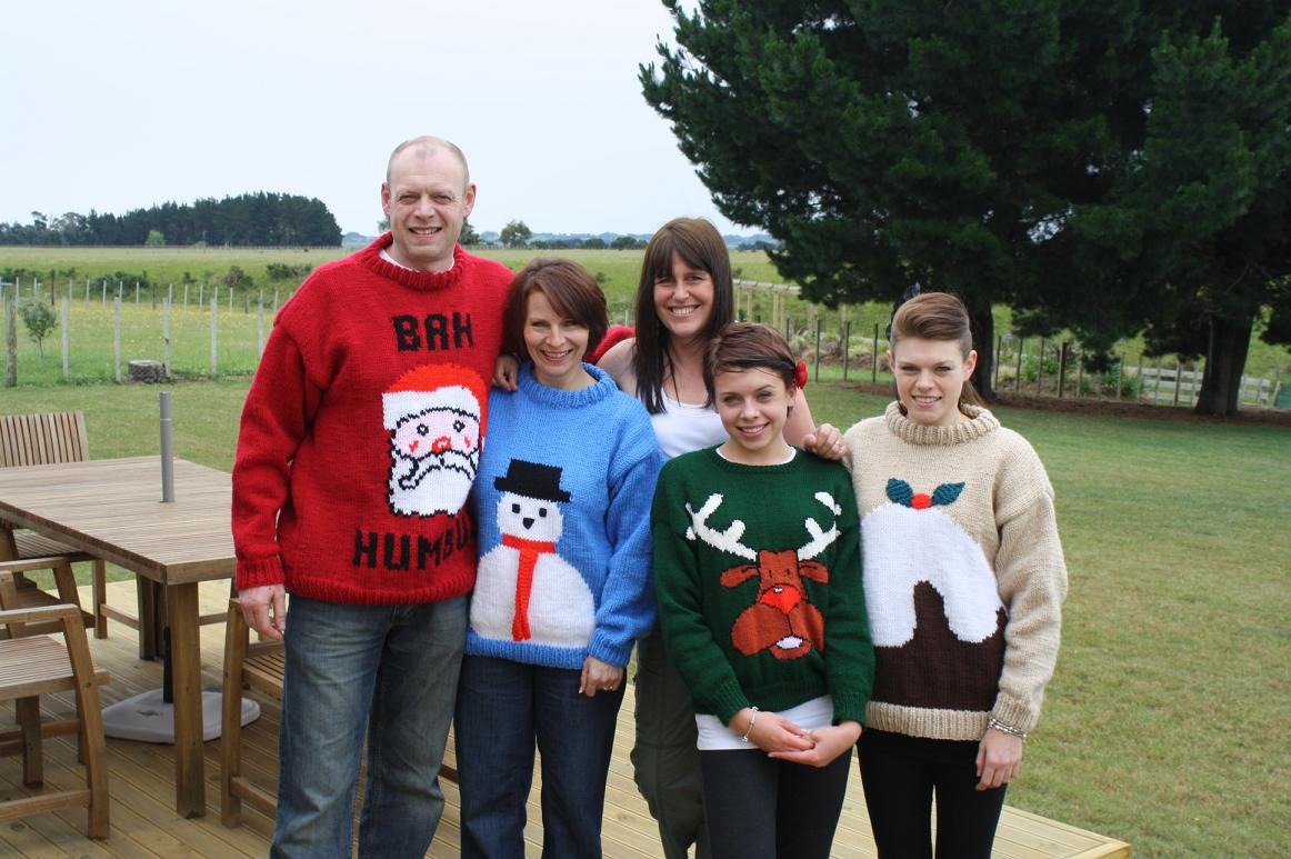 steadmans-christmas-jumpers