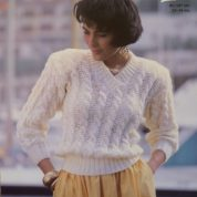ARGYLL KNITTING PATTERN 900 SNAPPY KNITS V NECK CABLED SWEATER