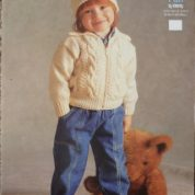 PETER PAN by WENDY KNITTING PATTERN LEAFLET P584 DOUBLE KNIT HAT AND JACKET
